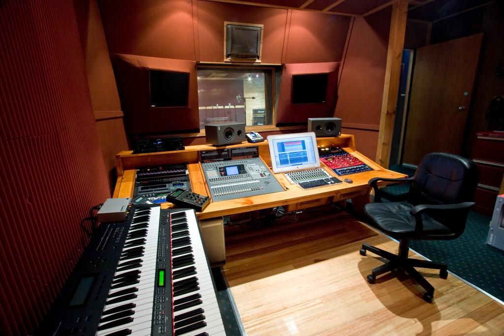 studio 52 kool skools B